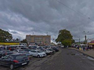 На Колхозной площади в Смоленске снесут ларьки