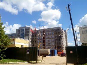 В администрации Смоленской области прокомментировали ситуацию со строительством перинатального центра