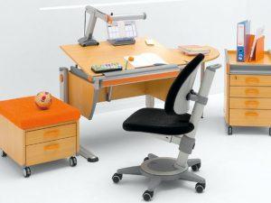 Правильный выбор письменного стола