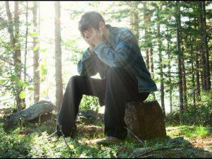 В Смоленском районе нашли потерявшегося в лесу мужчину
