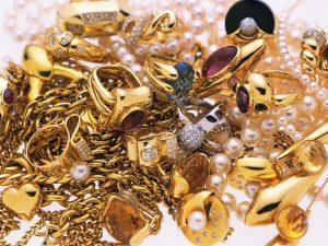 Смолянка провернула аферу с золотом в ломбарде