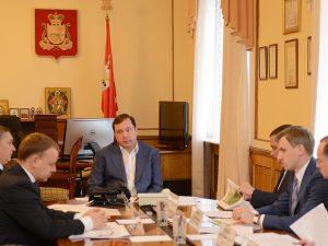 Алексей Островский провел совещание по вопросу благоустройства парка «Соловьиная роща»