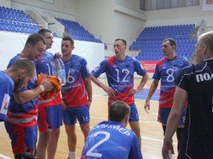 Смоленские волейболисты упрочили лидерство в Первой лиге
