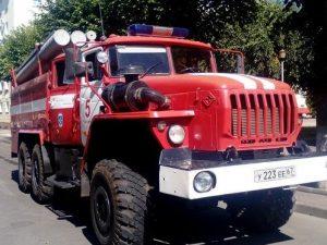 Крупный пожар на Краснинском шоссе в Смоленске