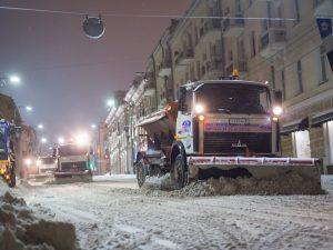 «СпецАвто» ведет работы по уборке снега в городе