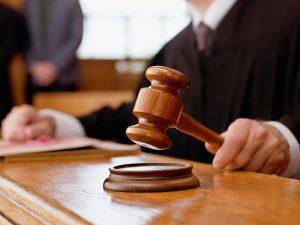 В Смоленске вынесен приговор директору центру тестирования, которая принимала экзамены за деньги