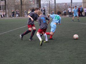 В Смоленске стартовали соревнования по футболу «Кожаный мяч»