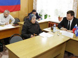 Игорь Ляхов провёл приём граждан в селе Ершичи