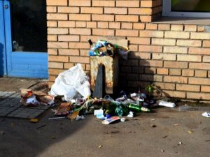 Владельцев магазинов в Смоленске просят навести порядок