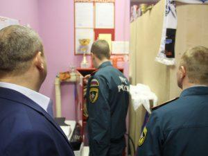 В торговых центрах и на рынках Смоленской области нашли больше тысячи нарушений