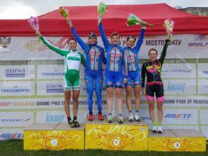 Студентки смоленского училища завоевали медали на соревнованиях по велоспорту-маунтинбайку