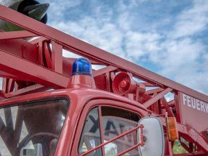 Крупный пожар в магазине произошел на Краснинском шоссе в Смоленске