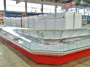 В Заднепровском продовольственном рынке установили новые холодильные витрины