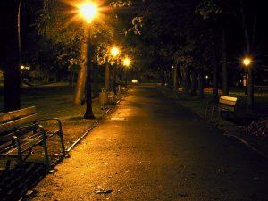 Проблемы с уличным освещением продолжаются в Смоленске