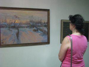 Картины из Санкт-Петербурга приехали в Вязьму