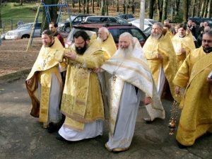 В Смоленске освятили храм возле СмолГУ