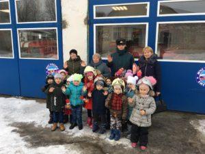Для духовщинских дошколят провели экскурсию в пожарно-спасательной части