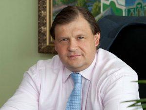 На смоленском «Кристалле» сменился руководитель: Максим Шкадов перешел на работу в «Алросу»