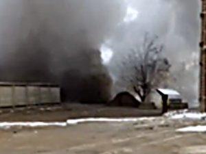 ЧП в Смоленске: из-под земли забил горячий фонтан