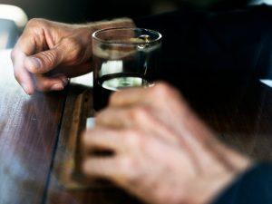 Алкогольная зависимость: Лечения алкоголизма