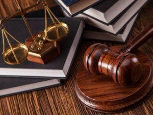 В Смоленске бывший сотрудник таможни и житель Московской области признаны виновными в мошенничестве