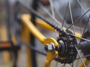 Полиция ищет очевидцев ДТП с пострадавшим велосипедистом в Угре