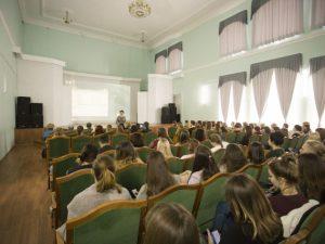 Сократят ли бюджетные места в российских вузах