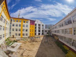 В Смоленске обсудили ход строительства пристройки к средней школе №33