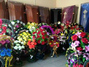 Под Смоленском загорелся магазин ритуальных услуг