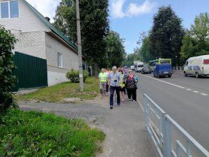 В Смоленске устраняют недочеты на отремонтированной дороге