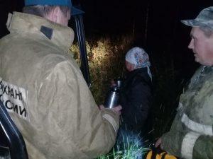 В Глинковском районе нашли заблудившуюся в лесу пенсионерку