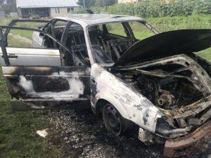 Volkswagen загорелся по ходу движения в Смоленском районе