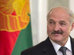 Лукашенко рассказал, что родился «фактически под Смоленском»
