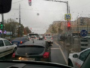 В Смоленске из-за ДТП на медгородке собирается пробка