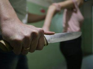 В Смоленской области ревнивец жестоко убил свою возлюбленную