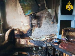 В Рославле горела пятиэтажка