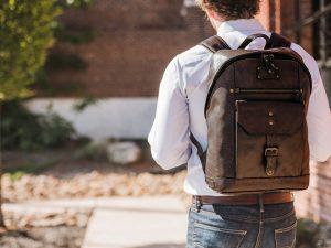 Как правильно выбирать мужские рюкзаки?