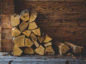 Производство паллетной доски и дров открыли в колонии в Рославле
