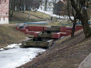 Каскадный водопад в Смоленске могут оборудовать подсветкой