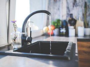 Подачу горячей воды снова могут ограничить в Смоленске