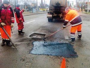 Участок дороги в Хиславичском районе будут ремонтировать