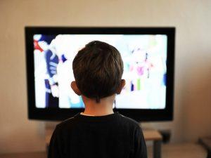 Смоленские общественники поддержали инициативу о запрете ТВ-рекламы в День Победы
