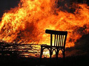 Пенсионерка погибла при пожаре в Демидовском районе