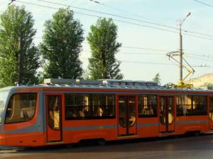 В Смоленске временно «урезали» трамвайный маршрут