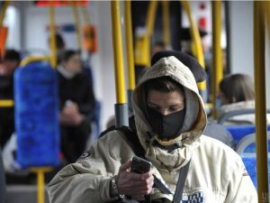 Смолянам напомнили о необходимости соблюдения масочного режима в общественном транспорте