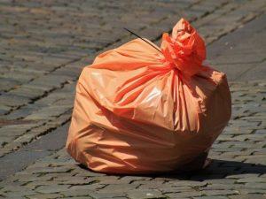 Несанкционированную свалку убрали в Смоленске