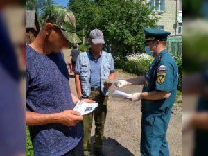 В частном секторе Смоленской области проходят противопожарные рейды