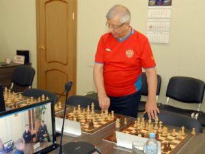 В УФСИН России по Смоленской области отметили Международный день шахмат сеансом одновременной игры