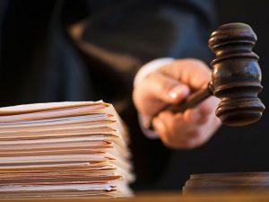 В Смоленске мужчина отсудил компенсацию за незаконное уголовное преследование