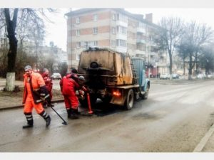 Капитальный дорожный ремонт провели на улице Минской в Смоленске